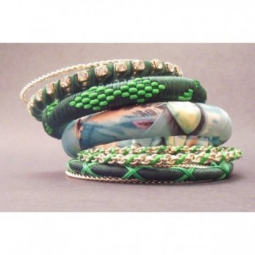 Set of green bangles