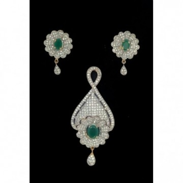 CLASSIC PENDENT SET WITH...